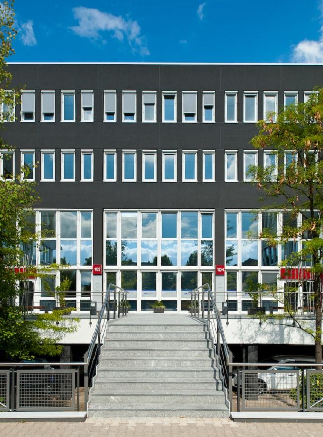 Das Bild zeigt das Firmengebäude von Phenex.